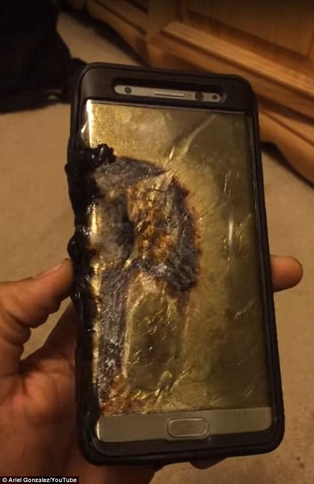 Samsung đã tiến hành thu hồi 2,5 triệu máy sau khi 25 vụ nổ Note 7 xảy ra tại nhiều nơi trên thế giới. Ảnh: một máy Note 7 bị nổ.