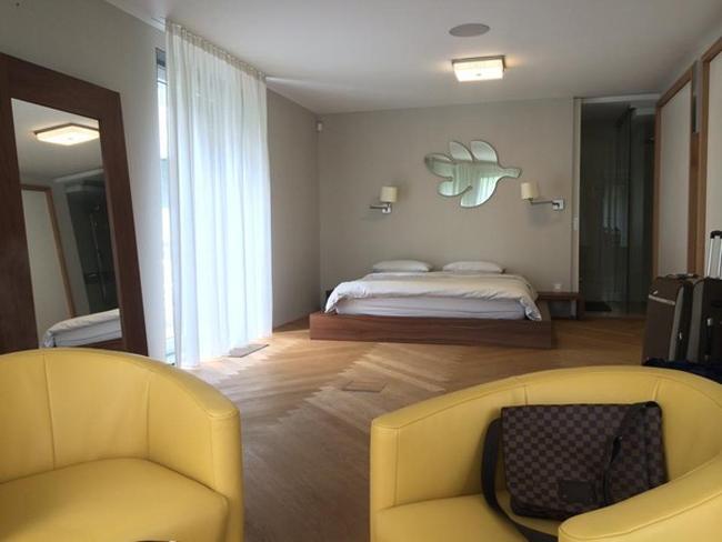 Phòng ngủ được xây dựng rộng rãi, hiện đại và tiện nghi...