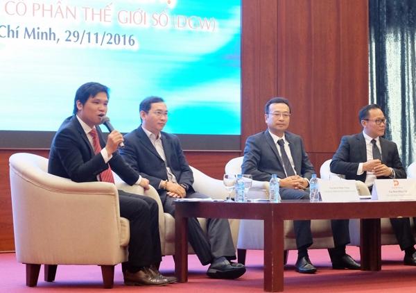 Ông Đặng Trần Hải Đăng (cầm micro), Phó giám đốc Trung tâm nghiên cứu Vietinbanksc.