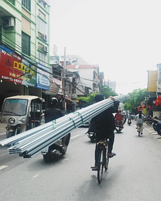 Cũng trên đường La Thành, Hà Nội. Ảnh: Đoàn Bổng