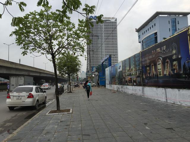 Dự án Sunshine Center nhìn từ mặt đường Phạm Hùng.