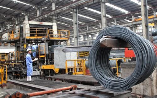 Nhiều doanh nghiệp thép Việt đang đổi mới công nghệ, áp dụng các công nghệ tiên tiến vào sản xuất để đáp ứng chất lượng cho các thị trường xuất khẩu khó tính. (Ảnh: TL)