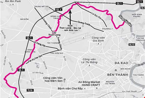Khi có đường hai bên, kênh Tham Lương - Bến Cát - rạch Nước Lên (đường màu đỏ) sẽ có diện mạo giống kênh Nhiêu Lộc - Thị Nghè. Đồ họa: H.LOAN