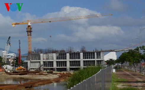 Dự án Khu phức hợp Trung tâm thương mại và căn hộ cao cấp xây dựng không phép (Ảnh: Hoài Nam)