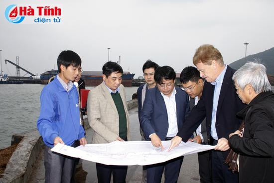 Đoàn doanh nghiệp Đức tham quan KKT Vũng Áng (Hà Tĩnh)
