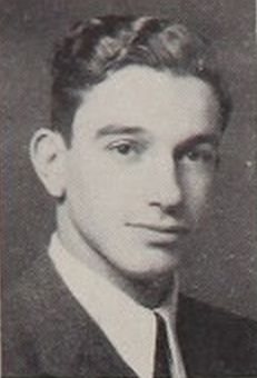 Ông Alan Greenspan năm 1943