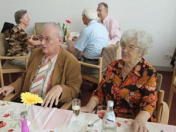 Việc Ngân hàng trung ương Đức Bundesbank kêu gọi mọi người hãy làm việc đến 69 tuổi đã gây ra một cuộc tranh cãi gay gắt ở nền kinh tế hàng đầu châu Âu.