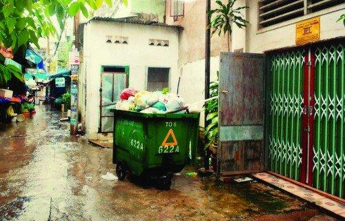 Thần tài sẽ không gõ cửa nhà bạn nếu trước nhà là đống rác.