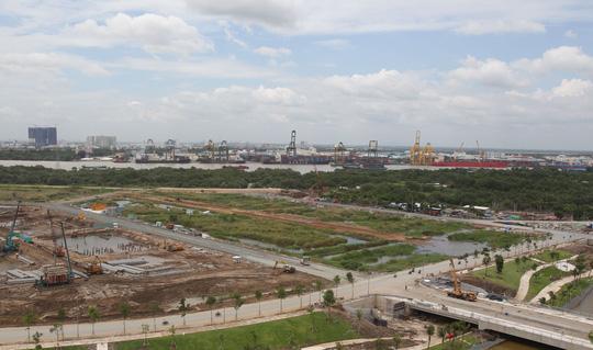 Cận cảnh Phố Đông Sài Gòn sáng 2-9 - Ảnh 11.