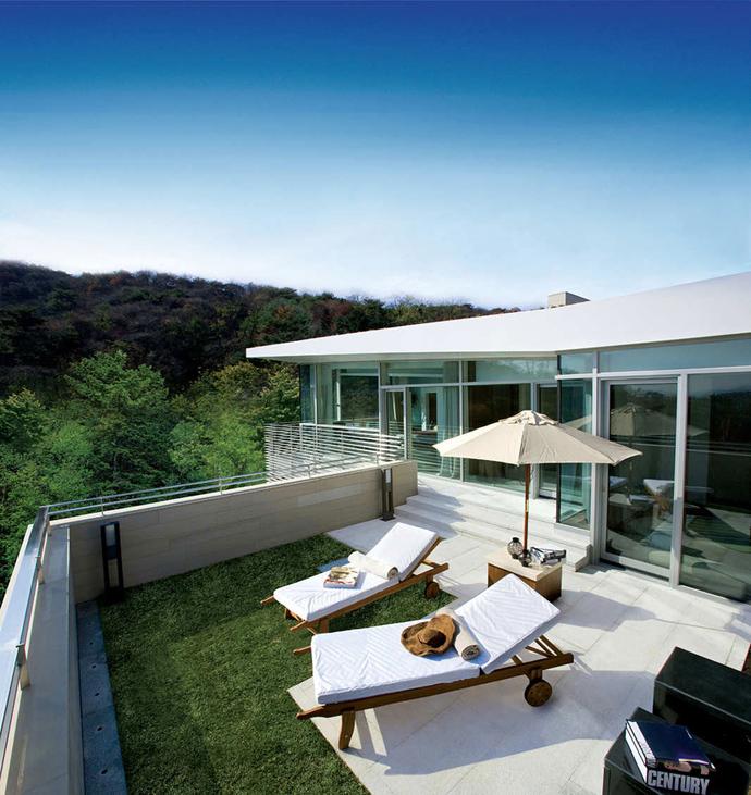 Chủ nhà có thể tận hưởng cuộc sống thoải mái như đang được ở trong một khu Resort.
