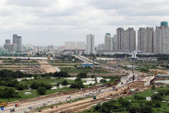 Cận cảnh Phố Đông Sài Gòn sáng 2-9 - Ảnh 14.