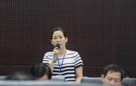 Bà Trương Thị Hồng Hạnh (Phó Giám đốc Sở Du lịch TP Đà Nẵng) đồng tình với đề xuất chuyển nhượng nhân tài cho các doanh nghiệp. Ảnh: LÊ PHI.
