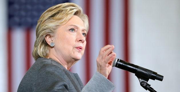 Bà Hillary Clinton đang giành lợi thế trong cuộc đua vào Nhà Trắng Ảnh: Reuters