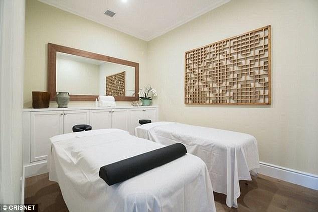 Phòng massage thư giãn.