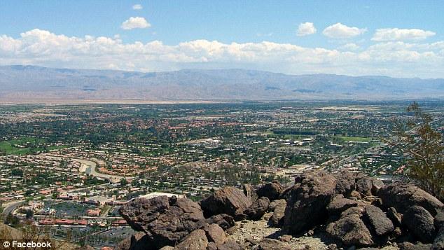 Rancho Mirage là một trong 9 thành phố của thung lũng Coachella và có khoảng 17.000 người.