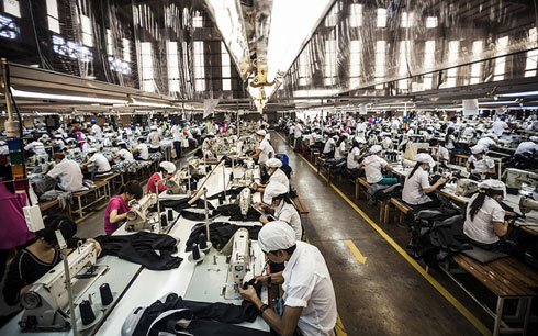 Tới 86% lao động ngành dệt may Việt Nam đứng trước nguy cơ mất việc vì robot và đó mới là sự khởi đầu - Ảnh 4.
