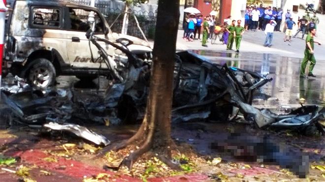 [NÓNG]  Xe taxi nổ như bom ở Cẩm Phả, 2 người chết - Ảnh 7.