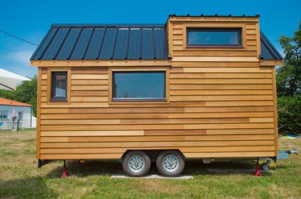 Ngôi nhà tuy nhỏ nhưng có đầy đủ các không gian chức năng thoải mãn cuộc sống và sinh hoạt hàng ngày của chủ nhà.