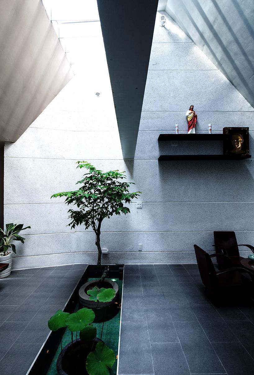 Căn nhà không đơn thuần là nơi nghỉ ngơi, sinh hoạt gia đình mà còn là không gian thư giãn tuyệt vời.