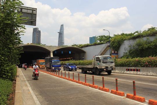Cận cảnh Phố Đông Sài Gòn sáng 2-9 - Ảnh 5.