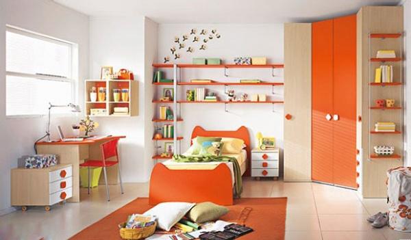 Phòng ngủ rực rỡ, tươi tắn cho con chủ nhà với màu cam làm điểm nhấn. (Ảnh minh họa)