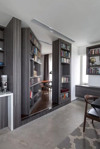 Căn phòng này khi cần có thể vừa để nghiên cứu nhưng khi cần vừa có thể chuyển thành phòng ngủ cho khách.