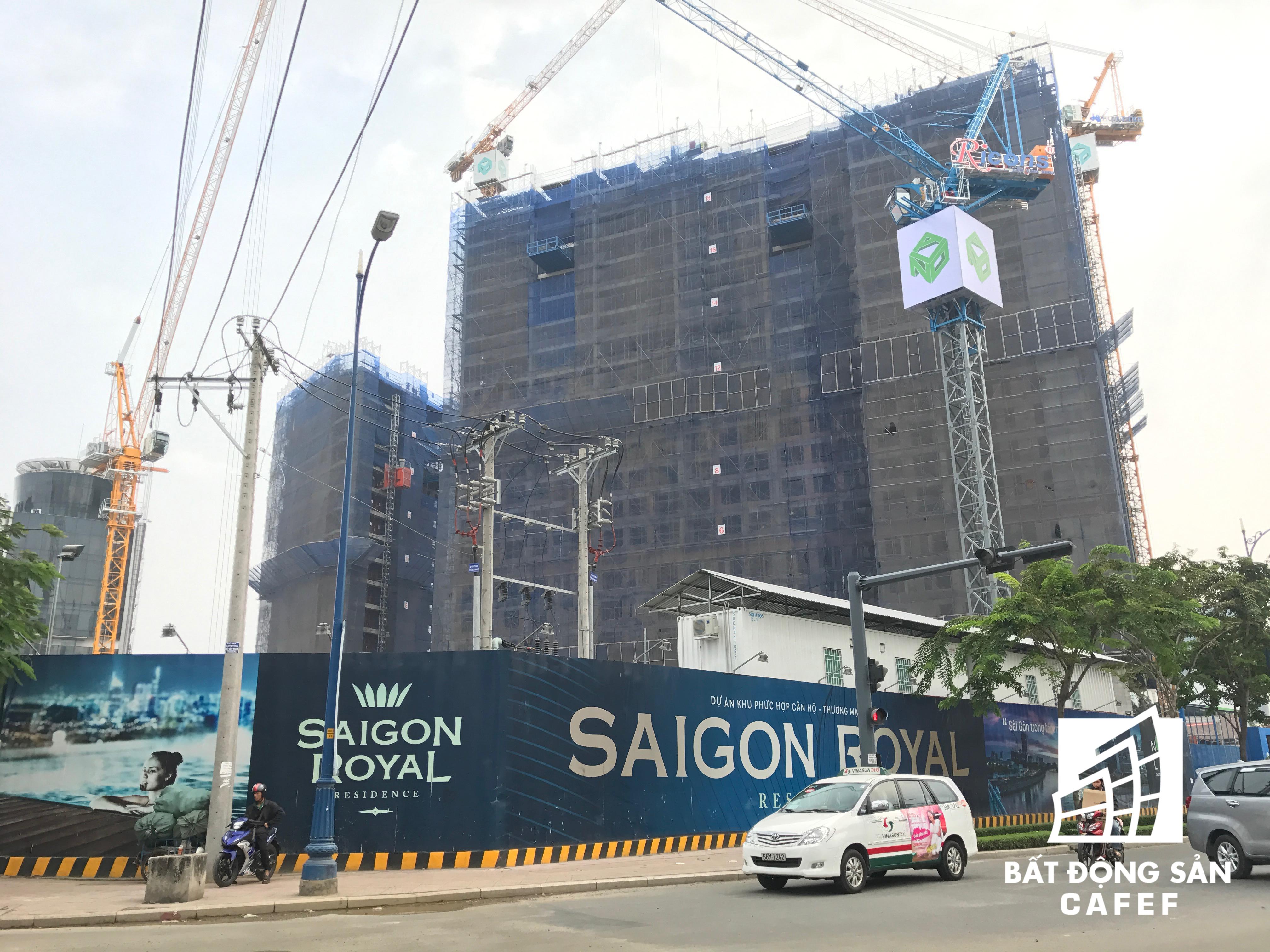 Dự án Saigon Royal của Novaland cũng đang gấp rút thi công phần thân.