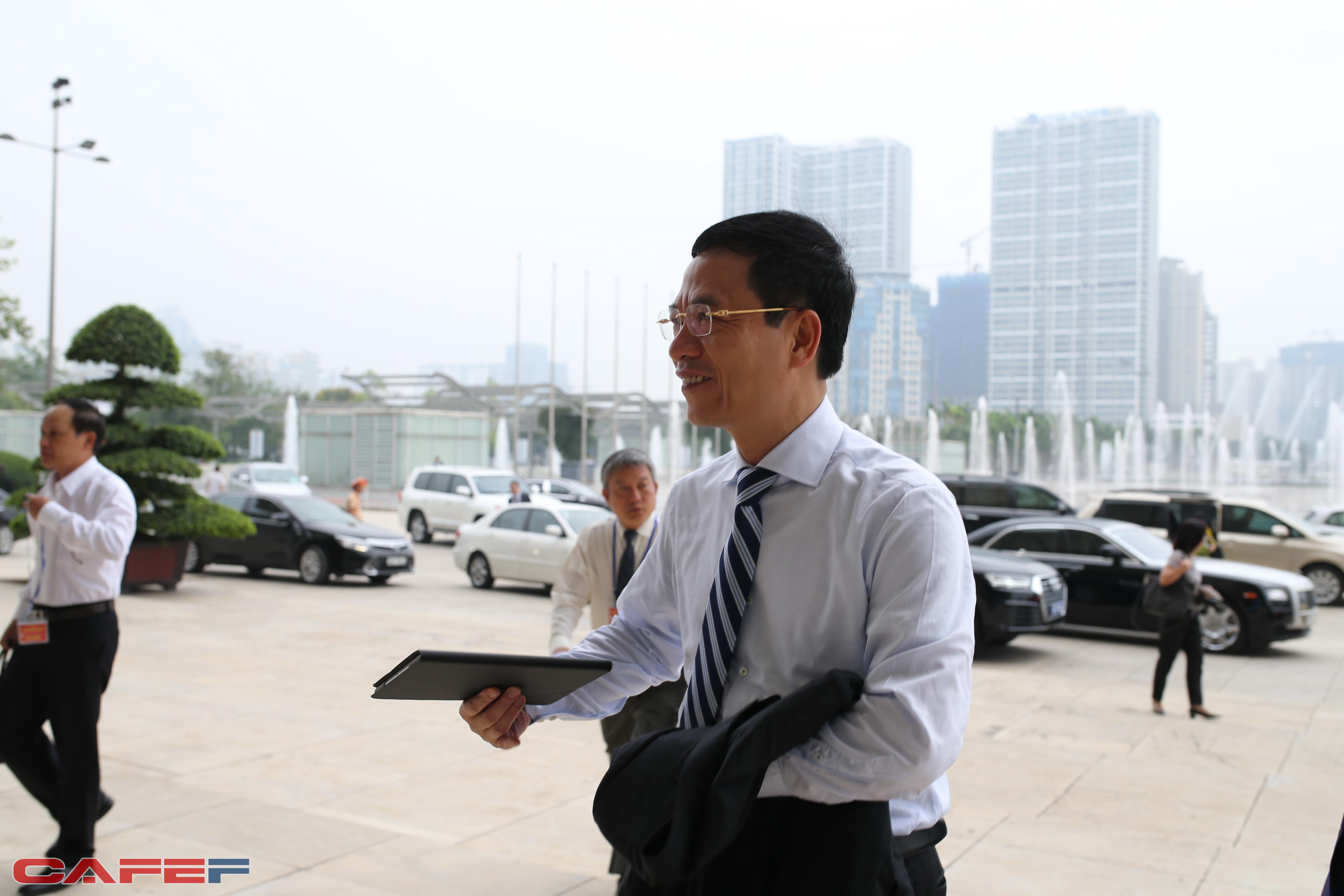 Tổng giám đốc Viettel Nguyễn Mạnh Hùng