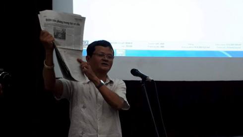 NSND Nguyễn Thanh Vân và trang báo đăng thông tin tìm nhà đầu tư chiến lược vào Hãng phim truyện Việt Nam.