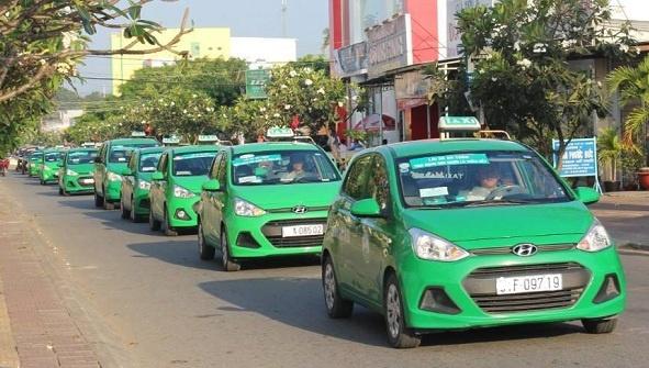 Cạnh tranh với Uber và Grab, taxi truyền thống hợp tác với đối tác ngoại  - Ảnh 1.