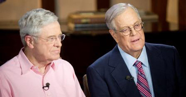 Được thừa hưởng công ty Koch Industries từ người cha, hai anh em Charles và David trở nên giàu có một cách nhanh chóng. Koch Industries hiện là công ty xăng dầu tư nhân lớn thứ hai tại Mỹ với doanh số hàng năm lên tới 115 tỷ USD