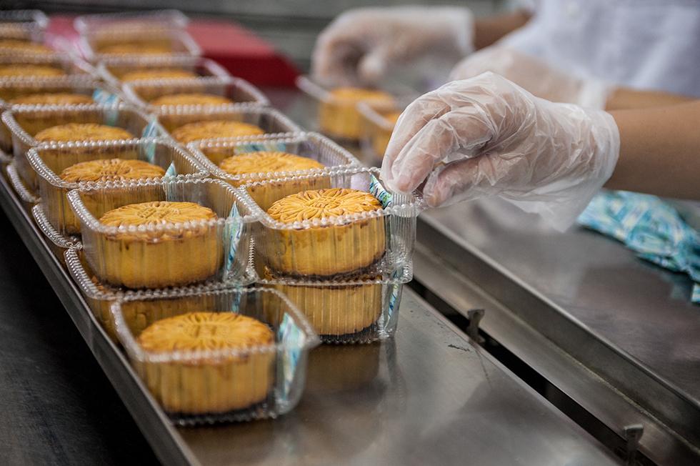 Bánh mứt kẹo Hà Nội và sứ mệnh gìn giữ hương vị bánh trung thu truyền thống - Ảnh 5.