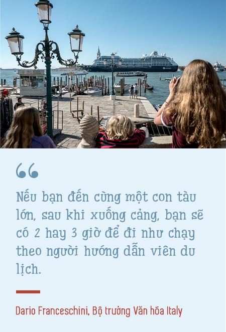 Venice: Thành phố tình yêu bị bức tử bởi… tình yêu - Ảnh 3.