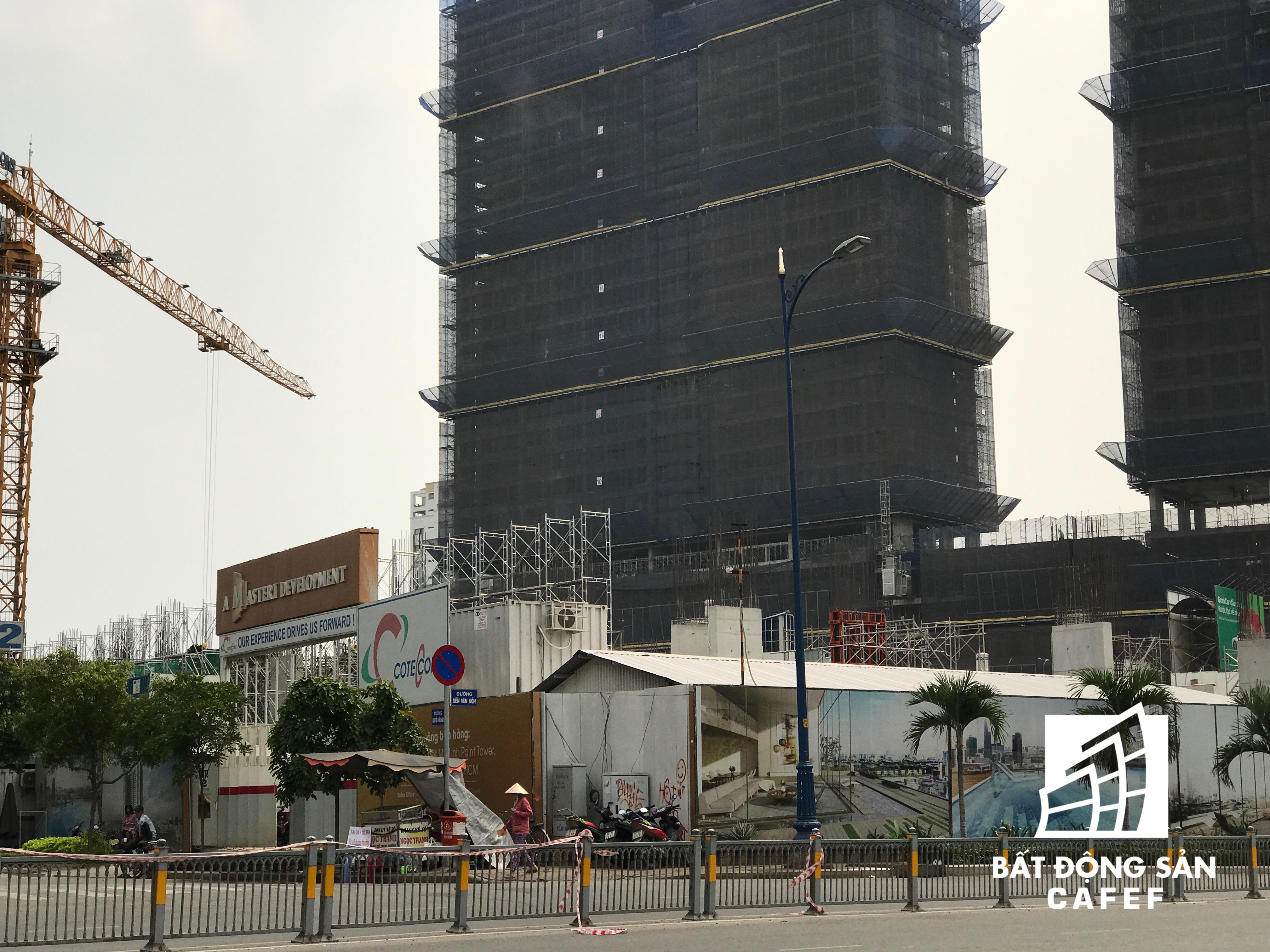 Dự án công ty Phát Đạt và Thảo Điền hợp tác phát triển, ngằm ngay cạnh một dự án cao tầng khác của Novaland.