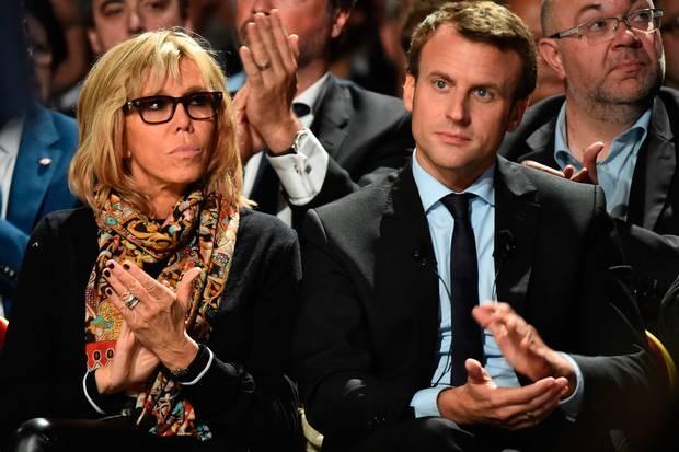 Chuyện tình với người vợ hơn 24 tuổi là một trong những điều truyền thông nhắc nhiều về tân Tổng thống Pháp Macron.