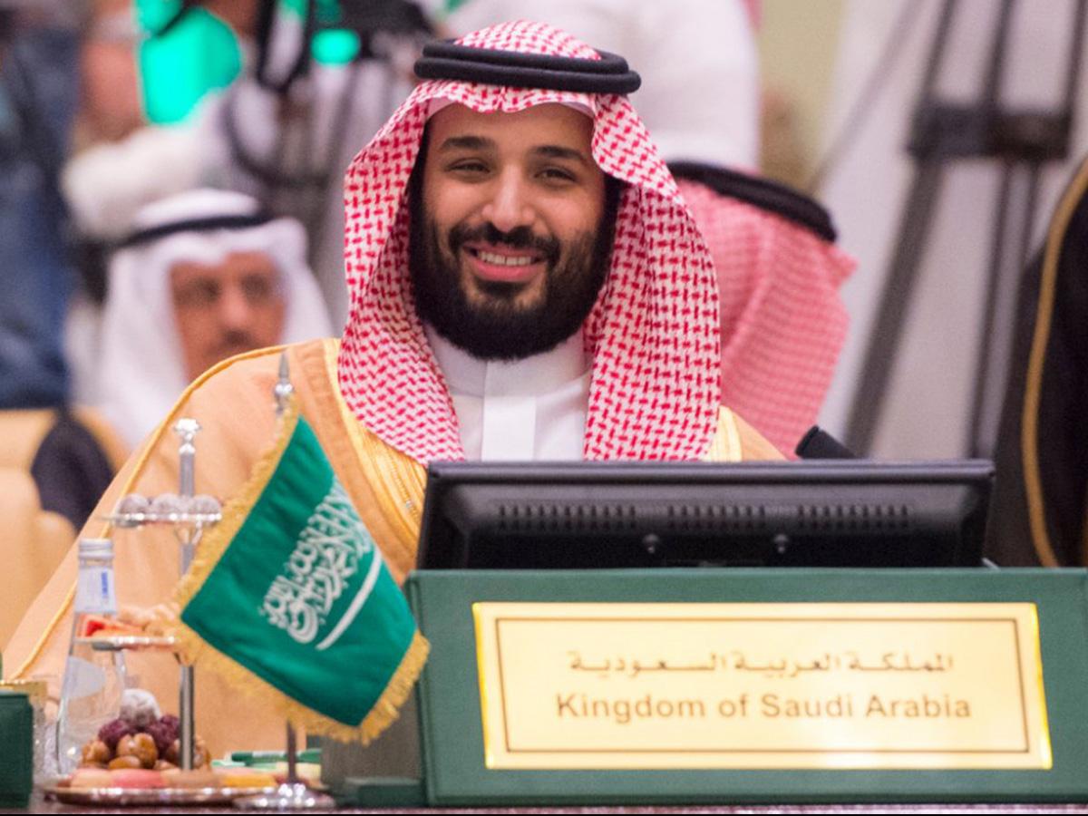 Trước khi trở thành Thái tử, Hoàng tử Salman đảm trách cương vị Bộ trưởng Quốc phòng và giám sát các vấn đề cải cách kinh tế của đất nước. Ảnh: Al Jazeera