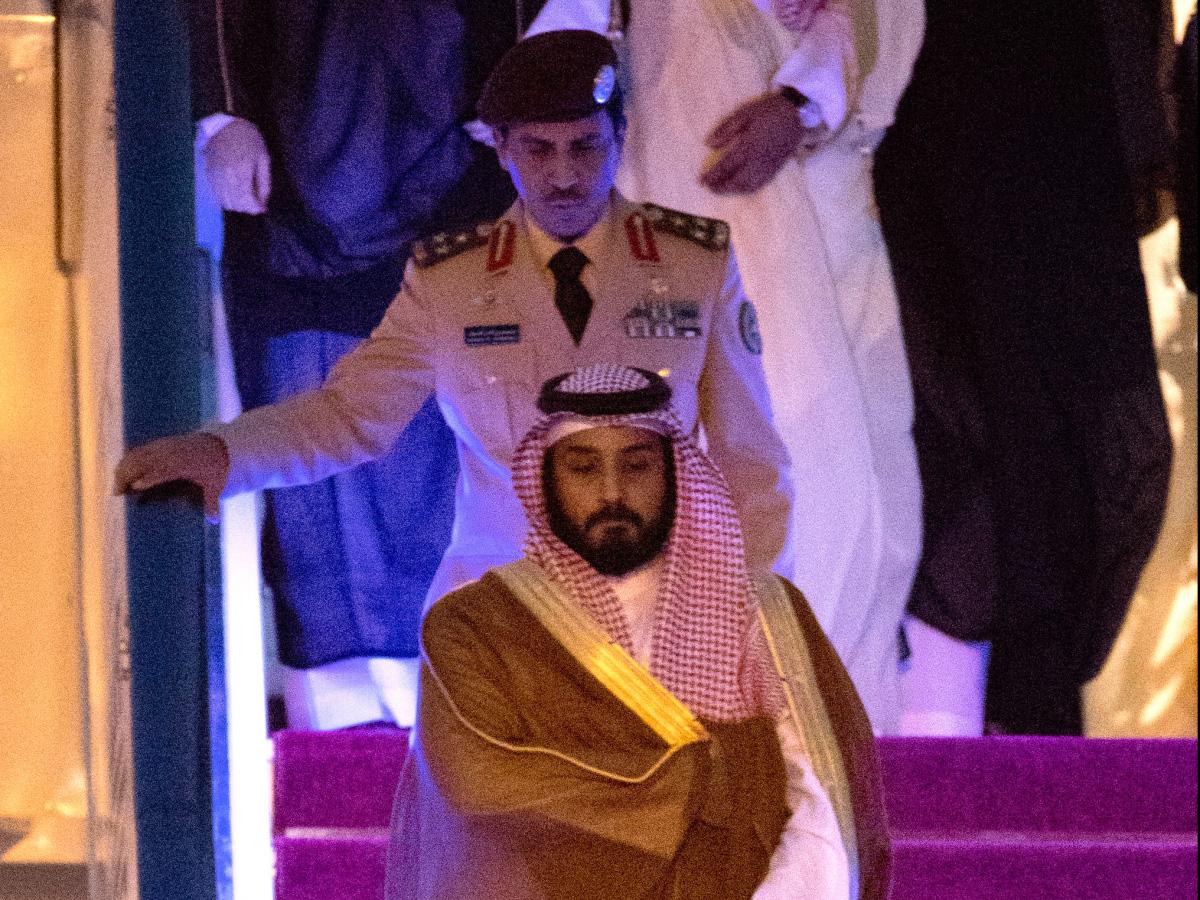 Việc Hoàng tử Salman trở thành người nối ngôi của Ả rập Xê út khiến các chuyên gia phân tích nghĩ đến những chính sách đối ngoại cứng rắn và hiếu chiến của Ả rập Xê út trong bối cảnh quốc gia này ngày càng củng cố vị thế đối đầu với Iran. Ảnh: BBC