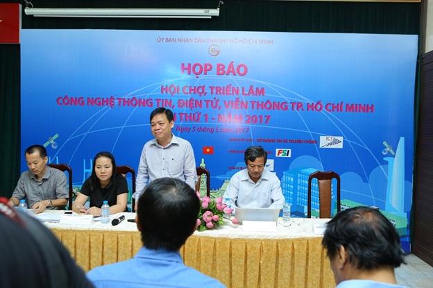 Ông Lê Quốc Cường – Phó giám đốc Sở TTTT TP. HCM phát biểu tại Buổi họp báo Triển lãm CNTT – Điện Tử - Viễn Thông 2017 lần 1