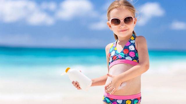 Sử dụng kem chống nắng nên là thói quen hàng ngày của tất cả mọi người.