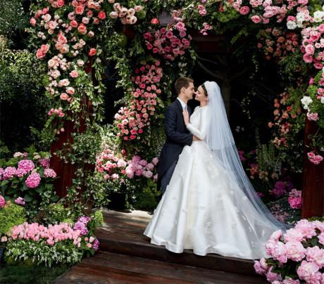 Đám cưới cổ tích của chú rể Evan Spiegel và cô dâu siêu mẫu.
