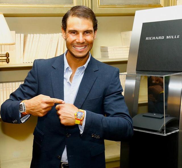 Cũng giống như lối thi đấu của Rafael Nadal, chiếc đồng hồ này là sự lựa chọn hoàn hảo dành cho những người mạnh mẽ, dứt khoát và sáng tạo.