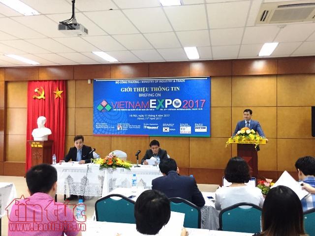 Họp báo giới thiệu Vietnam Expo 2017.