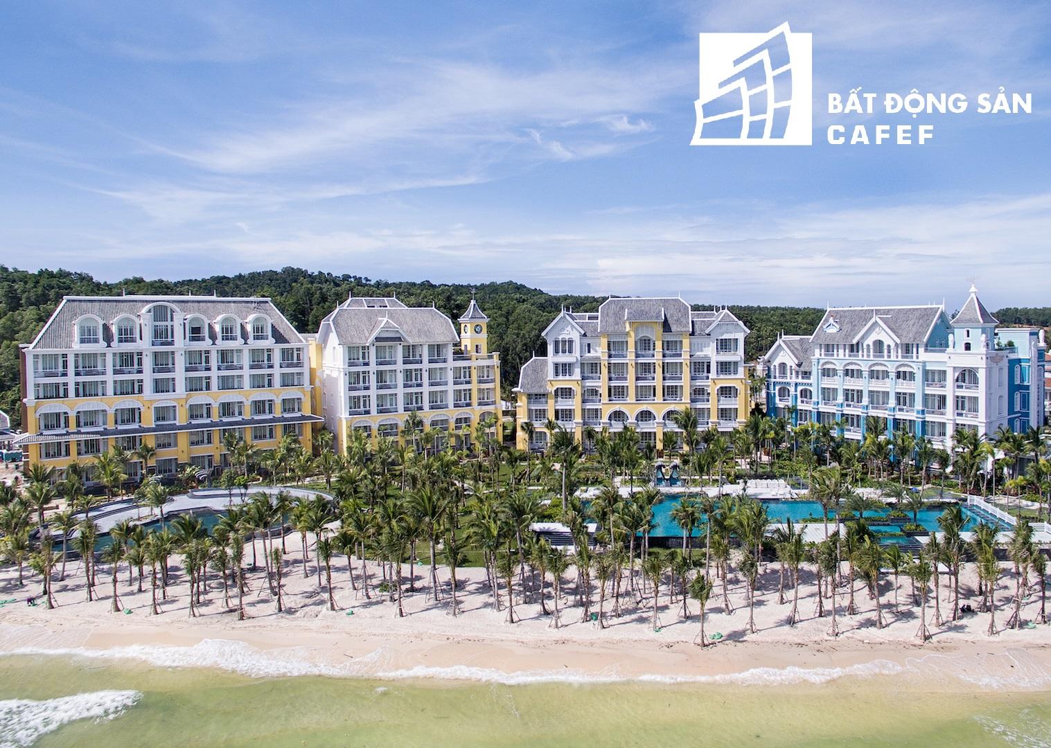 Khách sạn JW Marriott là công trình đầu tiên trong khu nghỉ dưỡng đã hoàn thành và bắt đầu khai thác sử dụng.