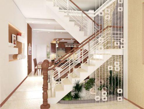 Tránh đặt cầu thang ở giữa nhà vì năng lượng trung tâm của cả căn nhà sẽ bị rút cạn bởi năng lượng của cầu thang.