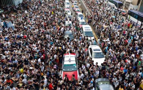Dân số Hà Nội sẽ đạt ngưỡng 100 triệu dân vào năm 2025. (Ảnh: lao động thủ đô).