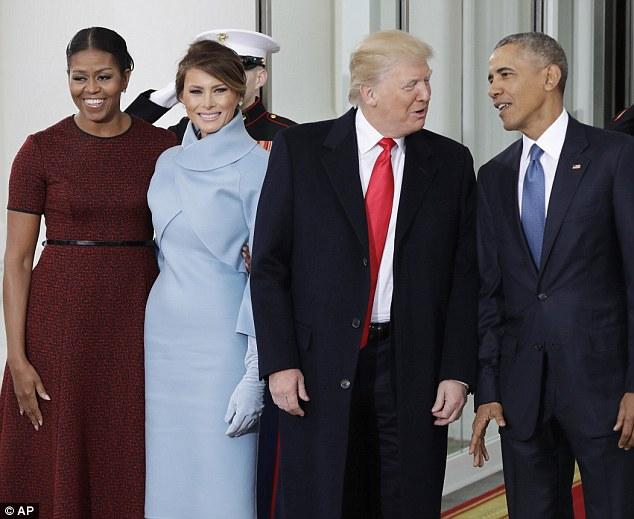 Vợ chồng cựu Tổng thống Obama và tân Tổng thống Trump (Ảnh: AP)