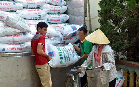 Việt Nam đã chủ động được một số loại phân bón đáp ứng nhu cầu sản xuất(Ảnh minh họa: KT)