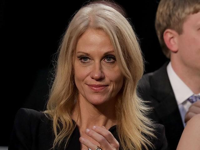 Kellyanne Conway từng được Trump ca ngợi là một chiến lược gia và cố vấn đáng tin cậy, người đóng vai trò quan trọng trong chiến thắng của ông trong cuộc bầu cử tổng thống Mỹ, đặc biệt là về mặt truyền thông. Ảnh: Getty.