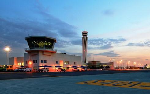 Sân bay lớn nhất thế giới sắp được hình thành tại Dubai - thành phố siêu đắt đỏ nổi tiếng với những tòa nhà chọc trời