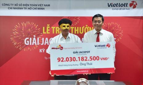 Ông Thái đến từ Trà Vinh đang là khách hàng sở hữu giải Jackpot cao nhất hiện nay với trên 92 tỷ đồng